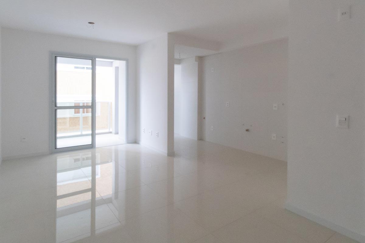Projeto de interiores de apartamento, fotografia do living - antes e depois - BRASA studio